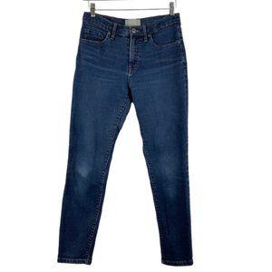 Everlane Mid Rise Skinny Ankle Jean in Medium Wash
